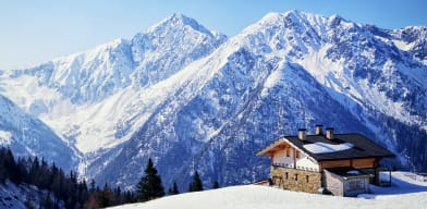 Luxury real estate worldwide: most expensive and most affordable homes in French and Swiss Alps